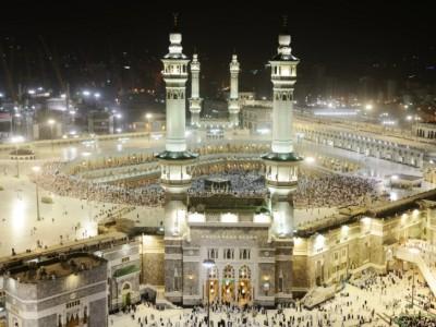 Saudi Umumkan Umrah Akan Dilaksanakan secara Bertahap