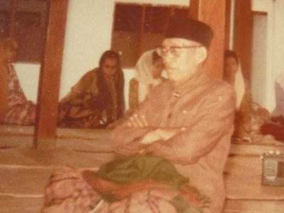 Syarah 'Shalawat Wasiat' Mbah Kiai Umar Solo (2)