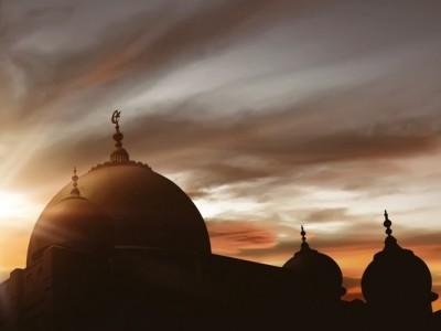 6 Kejanggalan Dunia yang Umum dalam Islam