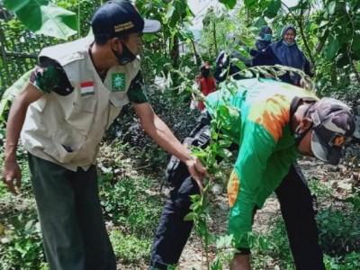 Siaga Bencana: LPBINU Ponorogo Ajak Warga Desa Tanam Pohon