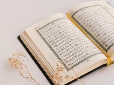 Ini 8 Inti Ajaran Kitab Suci Taurat, Zabur, Injil, dan Al-Qur'an