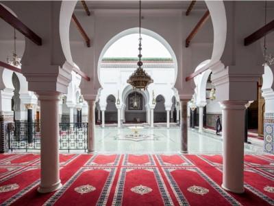 UEA Buka Kembali Masjid untuk Shalat Jumat Mulai 4 Desember