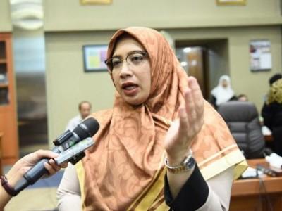 Wakil Ketua Komisi IX DPR Minta Vaksin Covid-19 Utamakan Masyarakat