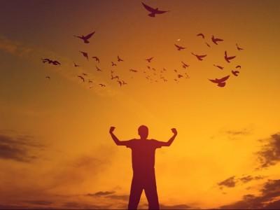 Khutbah Jumat: Bagaimana Menyikapi Berbagai Musibah dan Kesulitan Hidup?