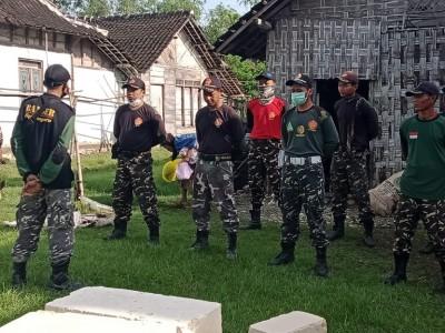 Didukung Anggota DPR, Banser Bojonegoro Perbaiki Rumah Janda Lansia