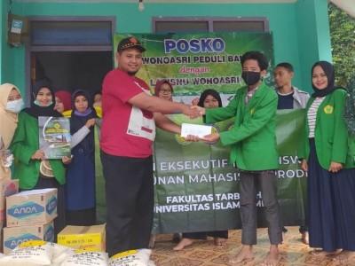 Galang Dana di Jalan, Mahasiswa UIJ Sumbang Korban Banjir