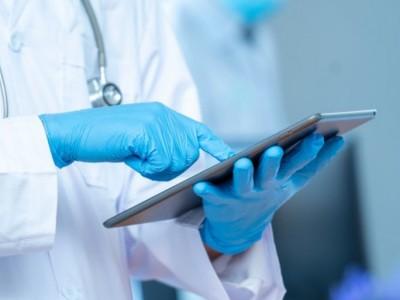 Protokol di Fasilitas Kesehatan Cegah Penularan pada Nakes