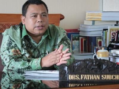 Wakil Ketua Komisi XI DPR Yakin Gerakan Wakaf Uang Mampu Atasi Ketimpangan Sosial