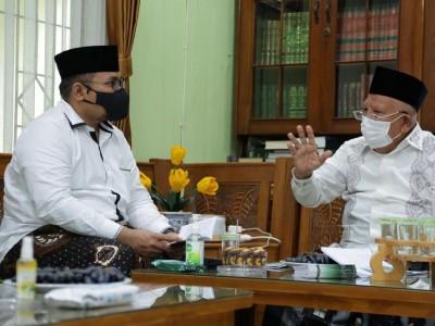 Pesan KH Syukron Ma'mun untuk Menteri Agama: Perhatikan Kiai Kampung
