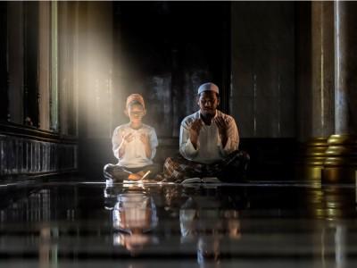 Khutbah Jumat: Syukur dalam Nikmat, Sabar dalam Musibah
