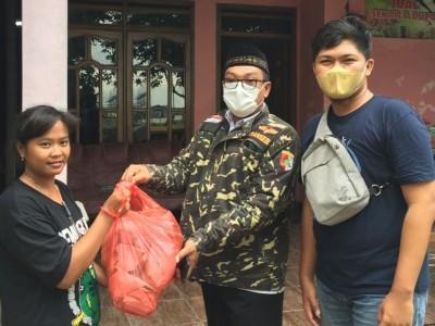 Mahasiswa IPB Turut Bantu Warga Terdampak Bencana Nganjuk