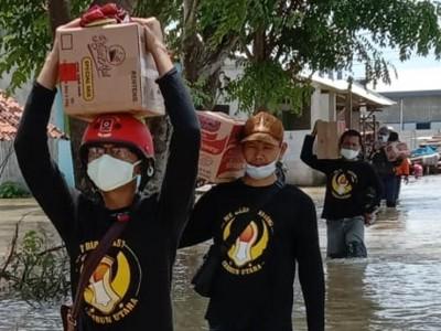 11.628 KK Terdampak Banjir Bekasi, Relawan NU Terus Salurkan Bantuan