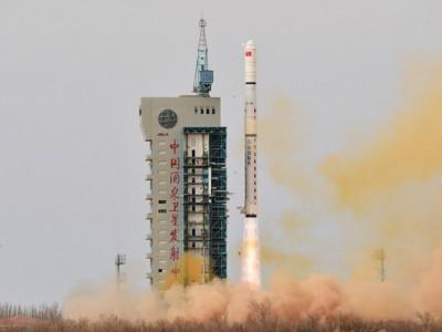 China Luncurkan Satelit Baru untuk Deteksi Lingkungan Elektromagnetik