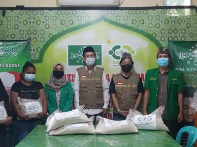 LAZISNU Makassar Berbagai Beras di Tengah Pandemi Covid-19