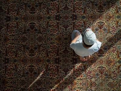 Khutbah Jumat: Merenungi Hakikat Ikhtiar dan Doa