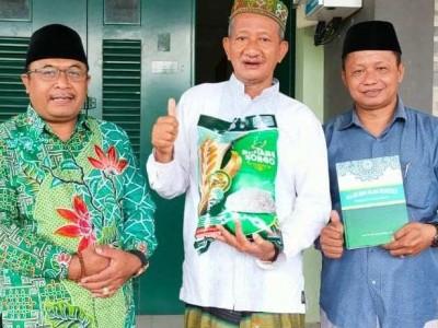 Berdayakan Petani, Tokoh NU Jember Luncurkan Produksi Beras Lokal