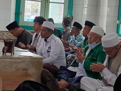Rais NU Kota Bandar Lampung Ingatkan Buah dari Ziarah Makam Wali