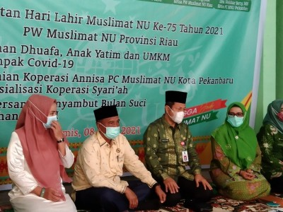 Khidmah Muslimat NU Riau, Bagikan Santunan dan Perkuat UMKM