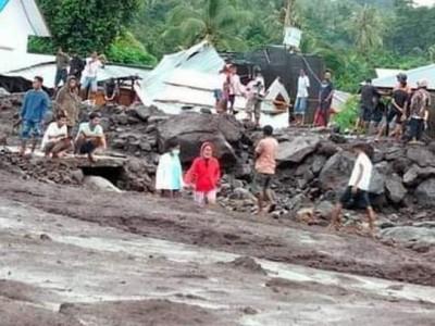 NU Peduli Bantu Warga Terdampak Banjir NTT dan NTB