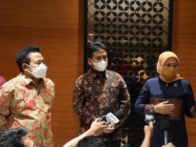Menaker Ida Fasilitasi Tuntutan  APINDO dan Serikat Pekerja  Soal  Pengesahan RUU PKS