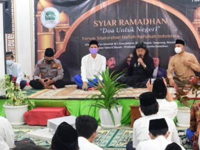 Hafiz-Hafizah Indonesia Kawal Al-Qur'an sebagai Pedoman Hidup
