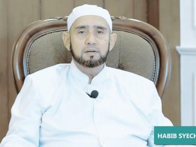 Malam Lailatul Qadar Dirahasiakan, Habib Syech Jelaskan Cara Meraihnya