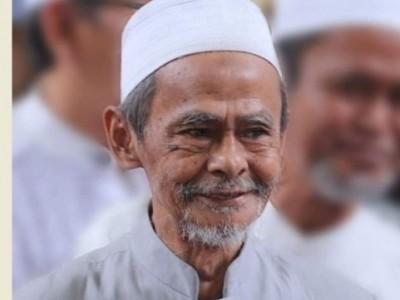 Obituari KH A Nawawi Abdul Jalil, Sang Juru Selamat Aqidah