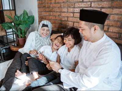 Menikah Bukan Semata soal Penyaluran Hasrat Seksual