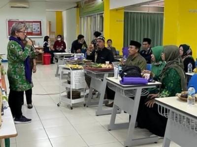 Pergunu Jakarta Belajar Meracik Herbal ke STAB Nalanda