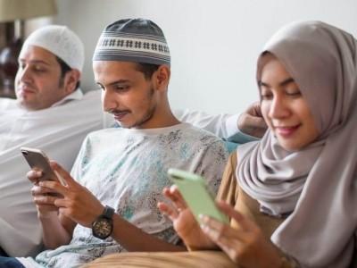 Tips Mengatasi Kecanduan Medsos menurut Habib Husein Jafar