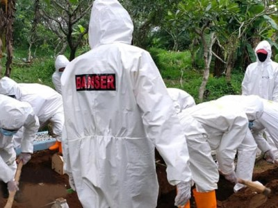 Banser Pekalongan Jadi Relawan Pemakaman Jenazah Pandemi Covid-19