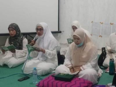Lewat Shalawat Burdah, Fatayat NU Kota Surabaya Doakan lbu Pertiwi