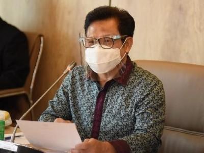 Waket DPR Dorong Kemenkes Rekrut Relawan Nakes, Supir Ambulans, dan Penggali Kubur