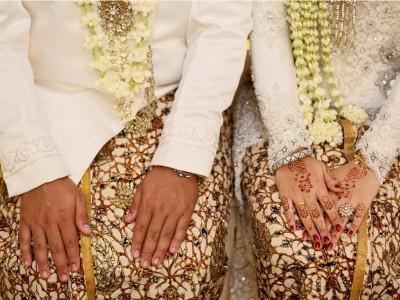 Hukum Menikahi Gadis dari Ibu yang Pernah Dizinainya