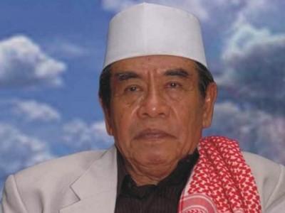 Mustasyar PBNU, Pengasuh Pesantren Ploso KH Zainuddin Djazuli Wafat