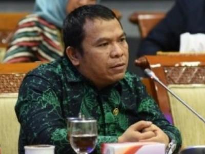 Wakil Ketua Komisi II: Tanpa Pengawasan Ketat, PPKM Hanya Rugikan Rakyat