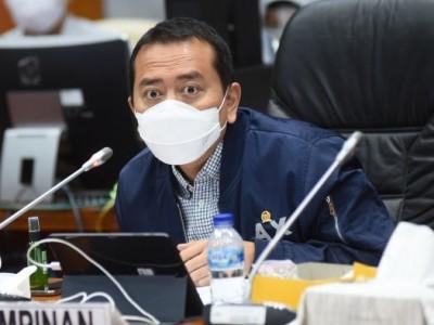 Darurat Nakes, Komisi X DPR Desak Dikti Tiadakan Uji Kompetensi Lulusan Kedokteran