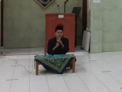 Yonan, Mahasiswa UIN Bandung yang Jadi Takmir Masjid dengan Beragam Prestasi