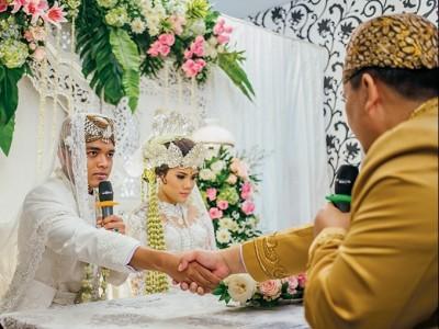 Hukum Calon Suami Mewakilkan Akad Nikah karena Positif Covid-19