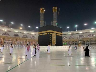 Tahap Awal, Saudi Buka Umrah untuk 20 Ribu Jamaah