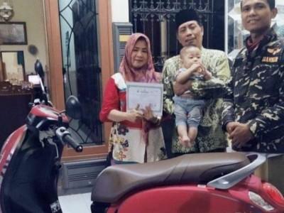 Simpan 100 Juta di BMTNU Jombang, Nasabah Dapat Hadiah Sepeda Motor