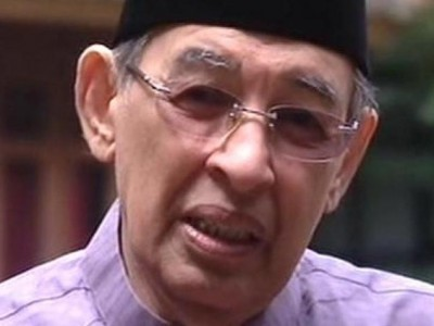 Prof Quraish Shihab: Boleh Sedekah dengan Niat Tertentu