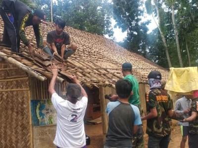 Ansor Jember Bedah Rumah Bantu Warga Terdampak Pandemi