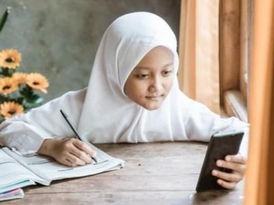 Berbagai Fungsi Pendampingan Orang Tua saat Anak Belajar Daring